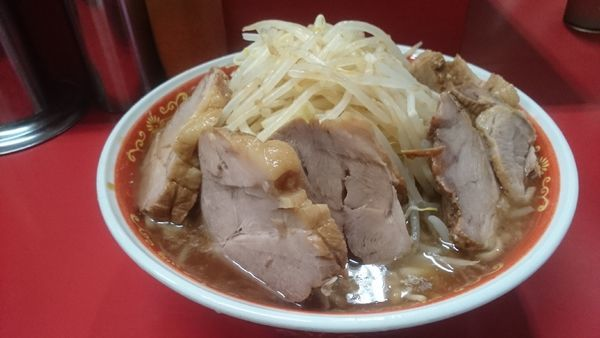 「麺増し・大ぶた・カタカタ(ヤサイマシカラメ)¥850」@ラーメン二郎 上野毛店の写真