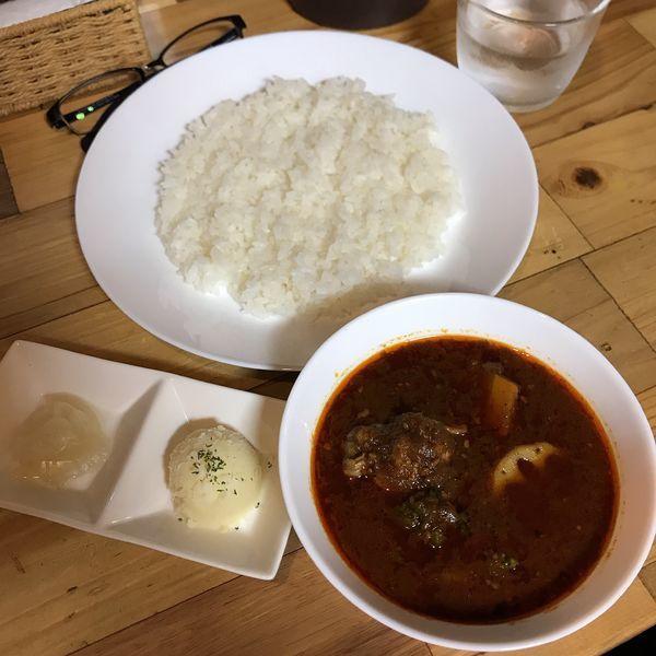 「赤のべっぴん薬膳カリー 4辛」@ビストロべっぴん舍の写真