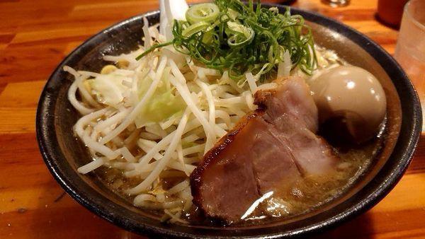 「煮干し二郎らーめん850円」@瞠 池袋店の写真