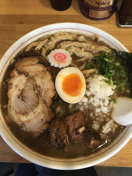 「中華そば中(¥810)」@らー麺Chopの写真