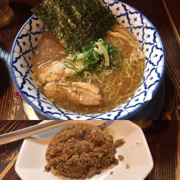 「だし醤油ラーメン650円 黒チャーハン250円」@夜鳴き軒の写真