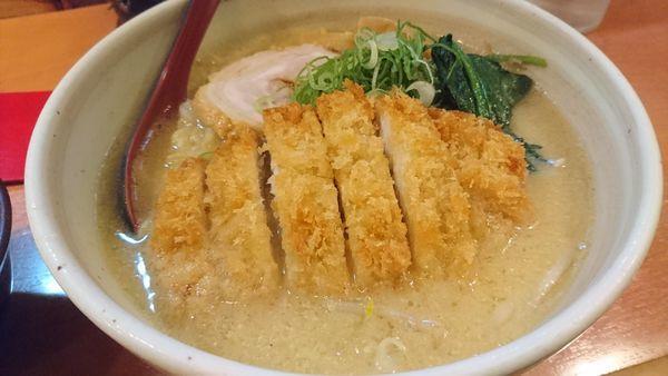 「とんかつ味噌ラーメン、大盛、ライス」@札幌らーめん 北の大地の写真