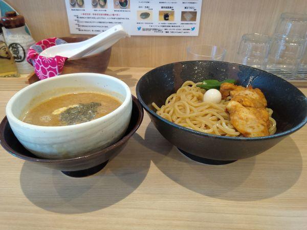 「バタチキカレーつけ麺並850円追い飯無料」@麺処つむじの写真