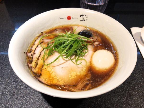 「チャーシュー味玉醤油Soba ¥1,340」@Japanese Soba Noodles 蔦の写真