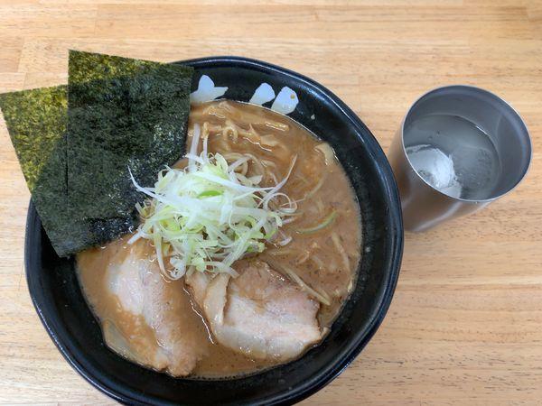 「ラーメン750円」@麺 大仏の写真