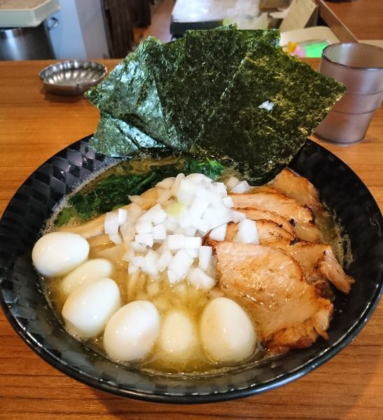 「家系ぽいの好き全増し」@麺&cafe Coi.Coi.の写真