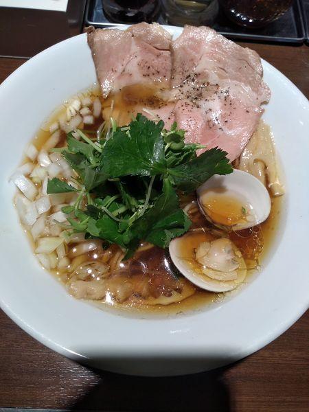 「赤鶏と蛤の淡麗中華そば (醤油) 780円」@麺屋 ねむ瑠の写真