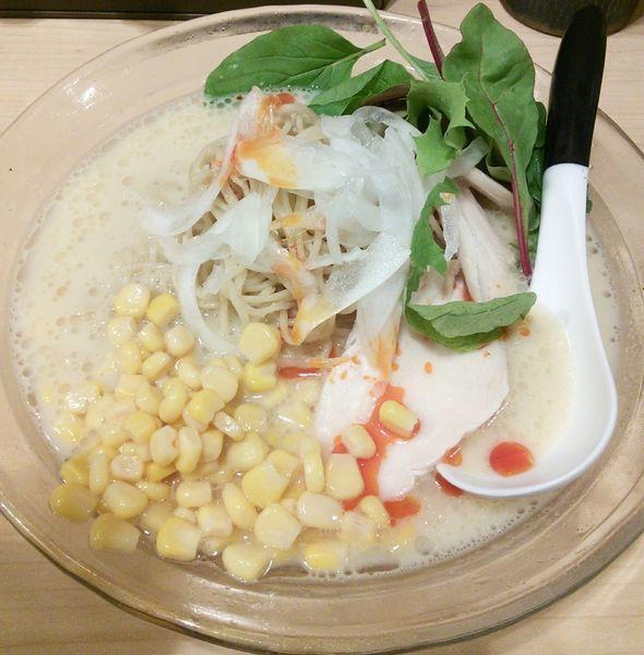 「【限定】冷製 蟹とトウモロコシのそば 950円」@麺屋Mの写真