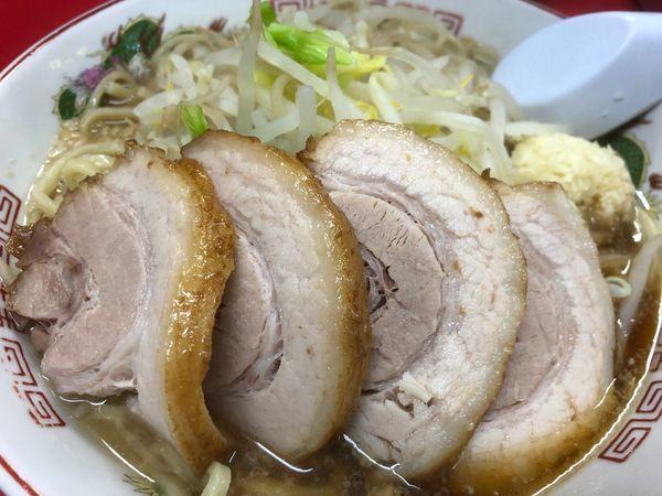 「ラーメン+豚2枚+ニンニク」@赤ひげラーメンの写真