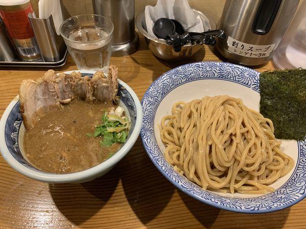 「濃厚肉入りつけ麺」@道玄坂マンモスの写真