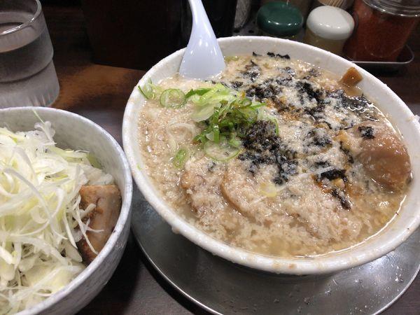 「○得ラーメン + 炙りチャーシュー丼」@らーめん潤 蒲田店の写真