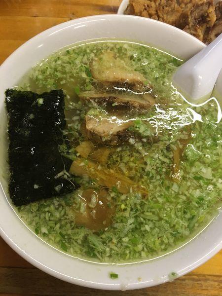 「塩ラーメン 煮玉子 半パーコー別皿」@珉珉の写真