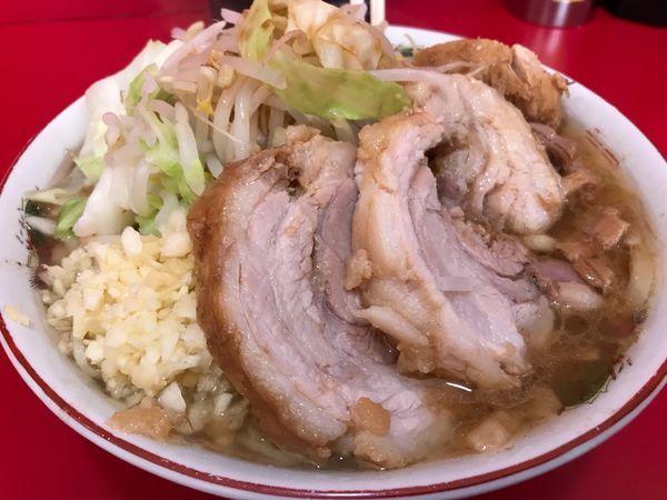 「小豚 (豚4枚)850円」@ラーメン二郎 札幌店の写真