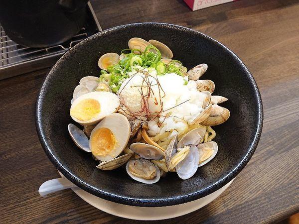 「冷しあさりまぜそば+煮玉子」@あら焼鶏白湯 カシムラの写真