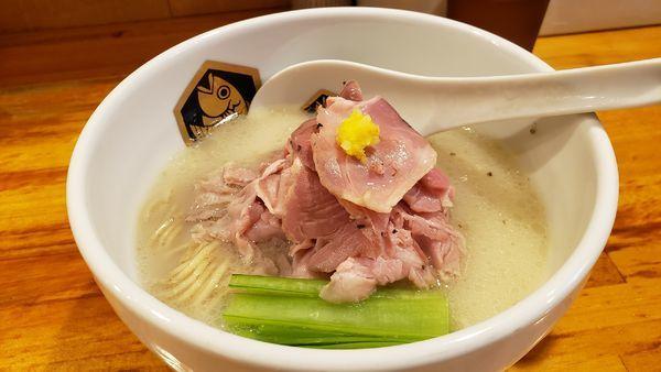 「真鯛ラーメン 850円」@真鯛らーめん 麺魚の写真