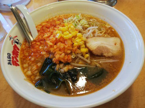 「【限定】辛玉ねぎ味噌ラーメン (麺大盛り)」@テンホウ 松本渚店の写真