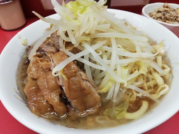 「小ラーメン+豚増し券+脂っKOIWA」@ラーメン二郎 小岩店の写真