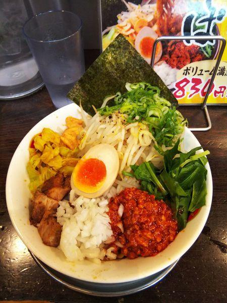 「光麺流 油そば サービスの有機青ねぎトッピング」@光麺 原宿店の写真