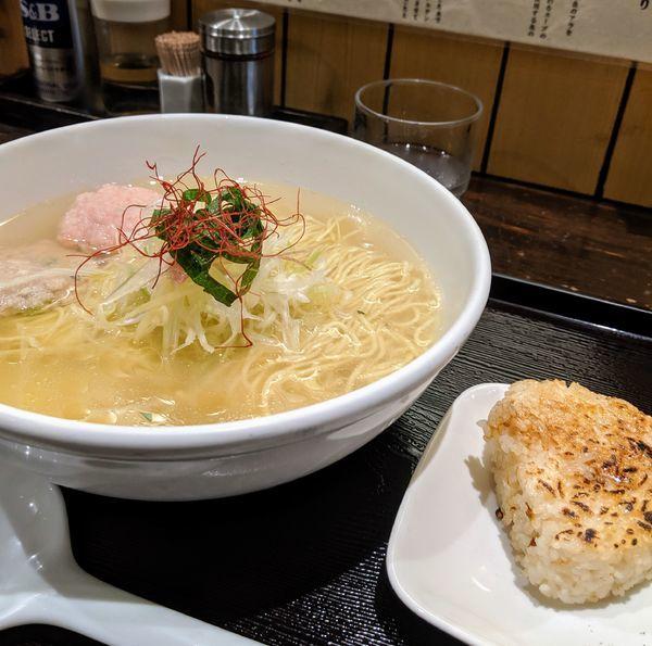 「あら炊き塩らぁめん へしこ焼きおにぎり付 980円」@麺屋 海神の写真
