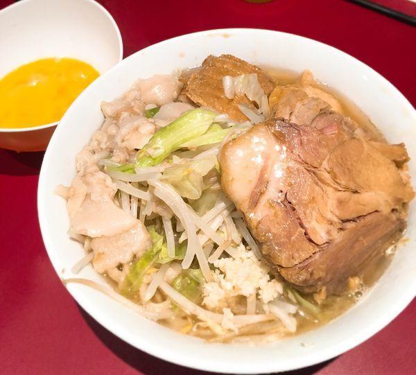 「小豚麺半分ニンニクアブラ」@ラーメン二郎 荻窪店の写真