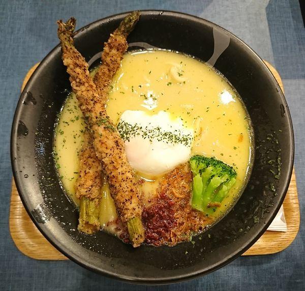 「白+肉巻きアスパラ(1070円)」@麺巧 潮の写真