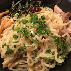 油ソバ専門店 山ト天 東京スクエアガーデン店の写真