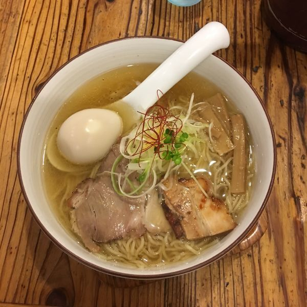 「味玉和塩らぁ麺」@麺や ひだまりの写真