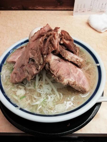 「チャーシュー麺(塩)+ 煮玉子」@神名備の写真