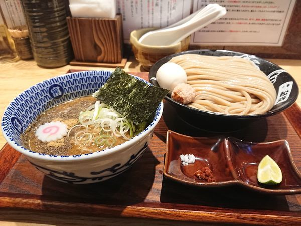「つけめん+比内地鶏半熟味玉」@中華蕎麦 とみ田の写真