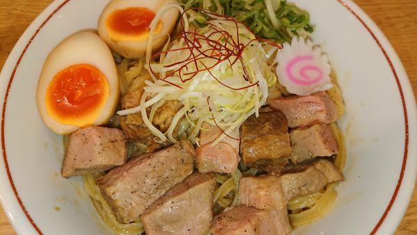 「味玉魚介まぜそば」@らーめん 香澄 中崎町店の写真