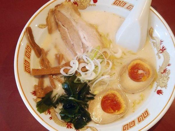 「函館塩らーめん+味付玉子」@北海道らーめん ひむろ 亀戸店の写真