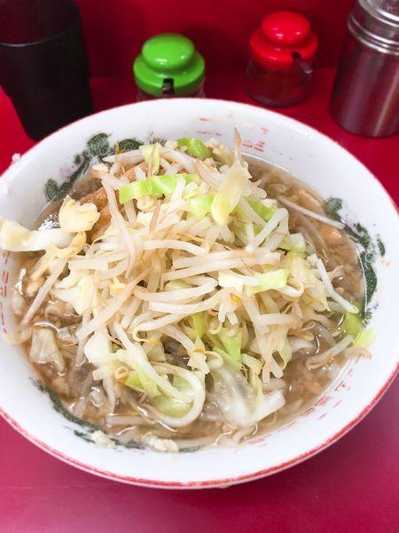 「小豚麺半分ヤサイニンニク」@ラーメン二郎 京急川崎店の写真
