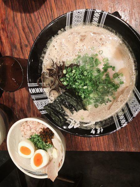 「ラーメン➕まかない丼」@博多一双 博多駅東本店の写真