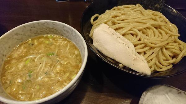 「鶏つけ麺 (醤油)大盛(チャーシュー丼、餃子)」@鶏々 TORIDORIの写真
