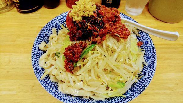 「【期間限定】冷やし汁なし担々麺(大盛・ショウガ)」@らーめん きじとらの写真