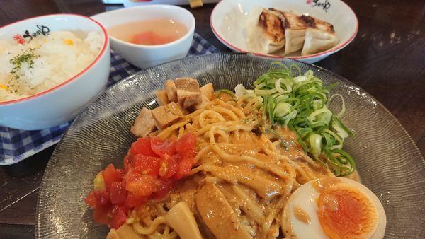 「冷やしゴマたれ麺」@元家うめのや 坂戸店の写真