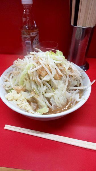 「小豚麺3分の1 ヤサイ+ニンニク+アブラ」@ラーメン二郎 松戸駅前店の写真