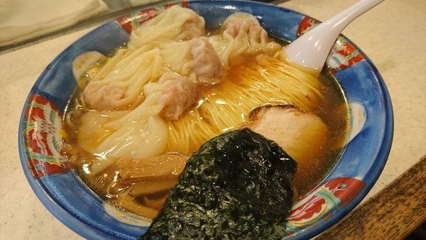 「肉ワンタン麺、大盛」@たんたん亭の写真