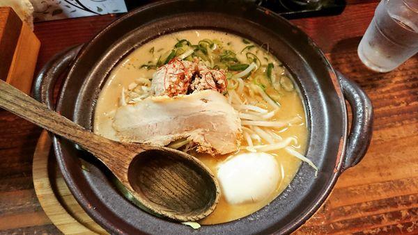 「土鍋味噌豚骨(こってり) 780円」@たけさんの写真