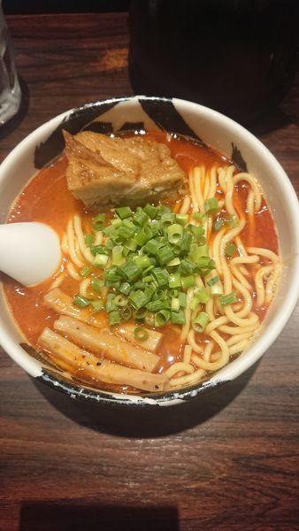 「ら~麺 赤」@麺屋武蔵 武骨の写真