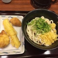 讃岐製麺 麦まる 浜松町貿易センタービル店の写真