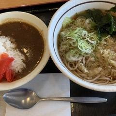 山田うどん 北中店の写真
