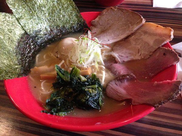 「全部のせ」@RAMEN DINING JinGuの写真