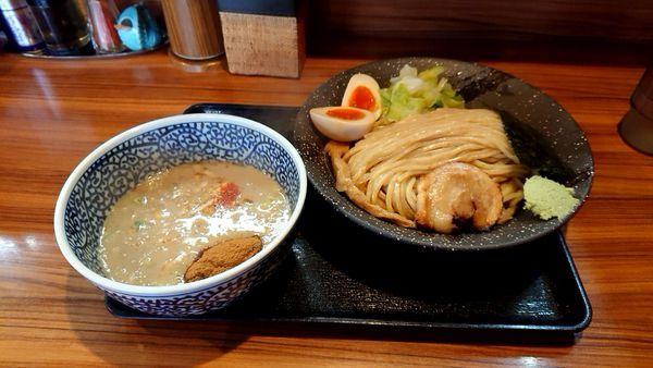 「濃厚鶏魚介半熟味玉つけ麺」@らーめん鈴家の写真