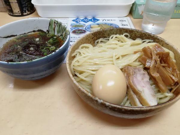 「冷やしつけ麺醤油 大盛り 800円」@三谷製麺所の写真