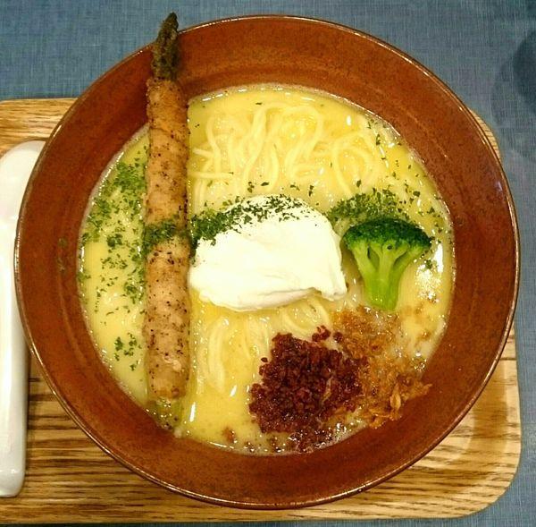 「鶏白湯そば」@麺巧 潮の写真