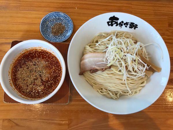 「冷やし辛つけ麺 和え玉 940円」@ニボチャチャ!!ラーメン あらき軒の写真