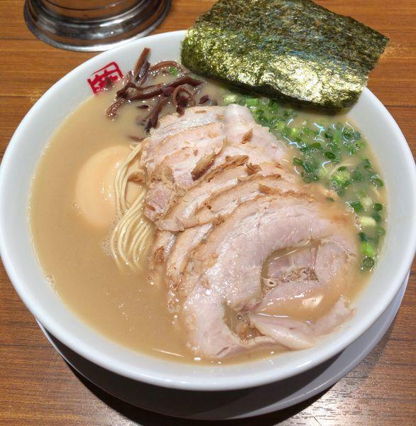 「チャーシュー麺 味玉」@九州ラーメン つばめ軒の写真