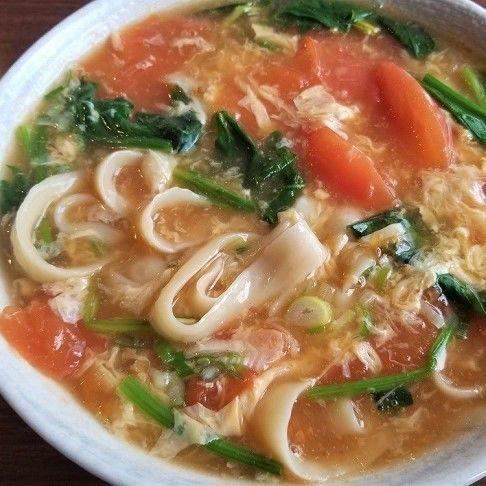 「トマト玉子刀削麺 ¥800(税別)」@中華菜館 聚福軒の写真