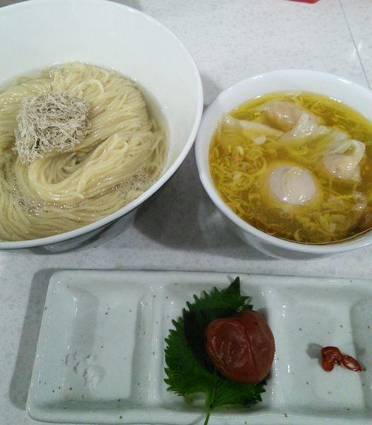 「【限定】紀州南高梅をつぶしながら食べる塩つけ麺 1150円」@ラーメン星印の写真